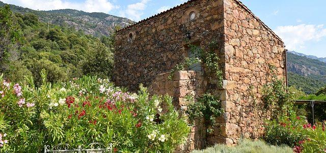 Een beveiligingscamera voor uw huis in Spanje